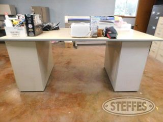 Work-Desk---Cabinets_1.jpg