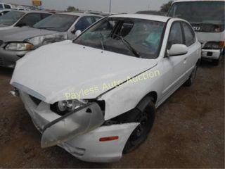 2004 Hyundai Elantra KMHDN46DX4U762878 White