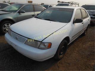1997 Nissan Sentra 1N4AB41D4VC742551 White
