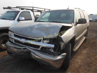2003 Chevrolet Suburban 1GNEC16T53J130186 Gold