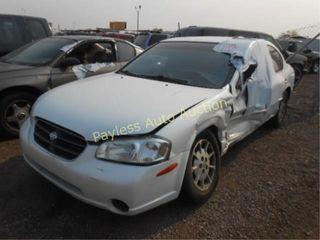 2000 Nissan Maxima JN1CA31D9YT738454 White