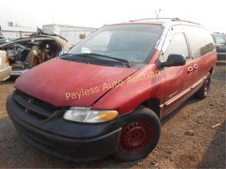 2000 Dodge Grand Caravan 2B4GP44G2YR566264 Maroon