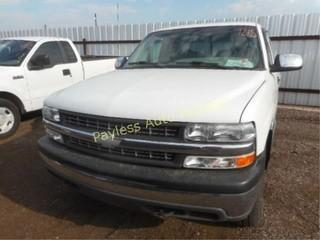 1999 Chevrolet Silverado 1GCEK19T0XE171685 White