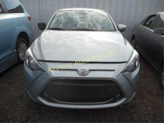 2019 Toyota Yaris 3MYDLBYV7KY506584 Silver
