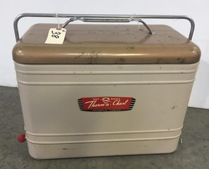 Early Knapp Monarch Therm-a-Chest Drink Cooler
