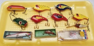 (11) Vintage Fishing Lures