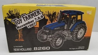 ERTL New Holland 8260 Tractor Toy Farmer