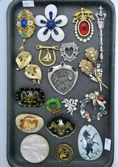 Pins, Pendants (18)