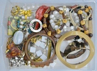 Bracelets, Pins,