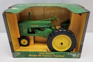 ERTL John Deere Model 60 Tractor in Original Box