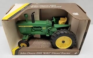 ERTL John Deere 1961 4010 Diesel Tractor
