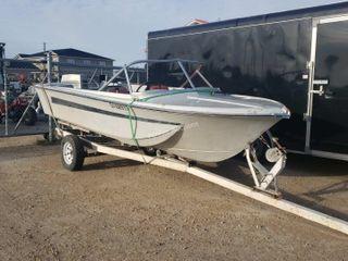 Homemade Utility 18ft Fiberglass Boat 70 HP Evinru