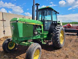 John Deere 4250 Tractor, Cab, 3pt