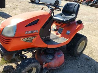 Kubota T2080 Lawn Tractor
