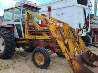 Cockshutt 1750 Tractor Cab& Loader