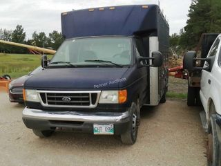 2006 Ford E450 Cube Van Service Truck
