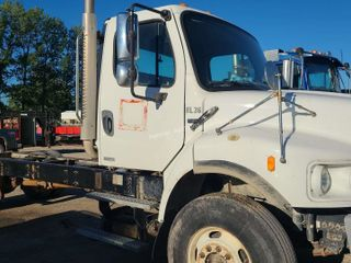 2006 Freightliner Cab & Chassis