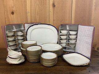 Fine Coalport Dinnerware Pieces