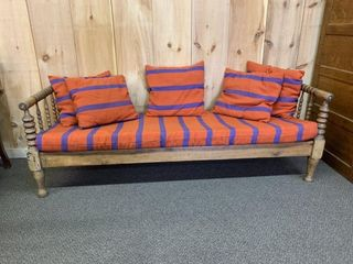 Fine Old Spindle Spool Day Bed