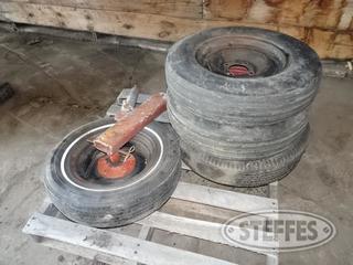 Gauge-wheels---asst--tires_1.jpg