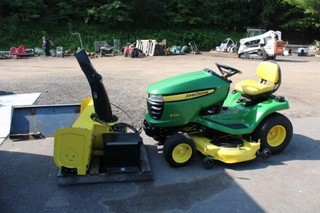 John Deer riding mower w/snowblower