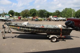 14' flat bottom boat w/motor & trailer