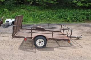 Single axle utility trailer w/ramp gate