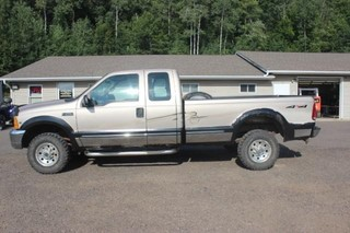 1999 Ford F250 XLT Super Duty 4x4 Truck