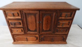 Oak style jewelry box with 11 drawers 8? x 16