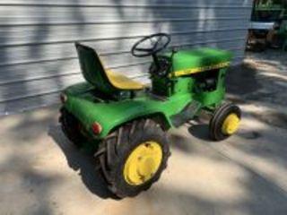 John Deere 120 H1 Garden Tractor