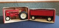 1/16th Ertl International (2)-items