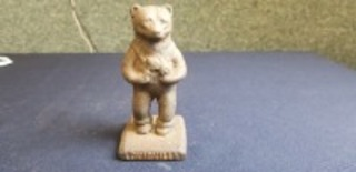 International Harvester Louisville Foundry cast iron Cub Holding Tractor
