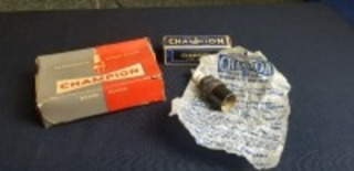 International Harvester (2)-Champion Plugs items