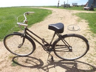 Old ROSS Woman's Bike