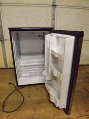Working DANBY DAR482BLS Refrigerator