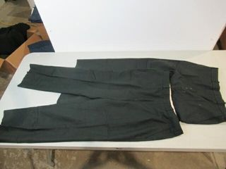 2  Mens Green Dress Pants  Size Small Short