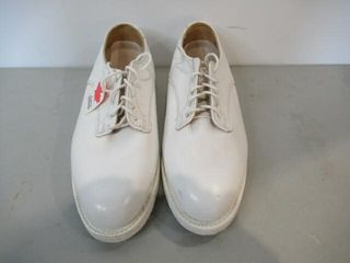 Mens Naval White Dress Shoes  Size  8 1 2 w