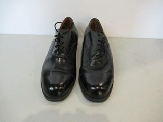 Mens Black Dress Shoes  Size 9   9 1 2