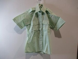 Womens Green Short Sleeve Dress Shirt Size 6 M