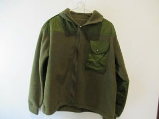 Combat Sweat Shirt Size large Short