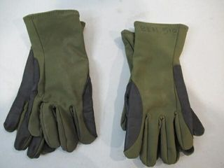 2  Pairs Green Gloves Size Medium large