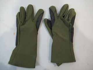 Pair Green Gloves Size Medium