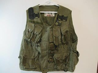 Tacticle load Bearing Vest Size Small Medium
