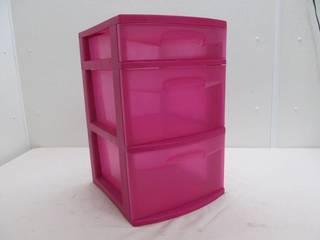 Sterlite stackable storage drawers