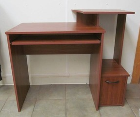 student computer desk