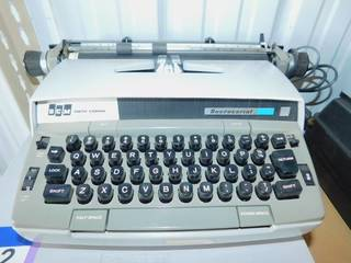 Vintage Smith Corona Secretarial 250 Electric Portable Typewriter