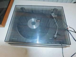 Vintage Studio - Standard Stylus Type Record Turntable