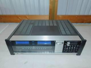 Vintage JVC AM/FM Stereo Receiver