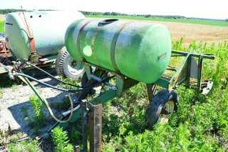 Continental Sprayer with 200gal. Tank,