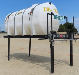 G-110 1800 Gallon Poly Tank on Stand